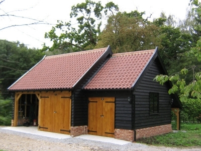3 Bay Oak Cart Lodge Garage with Workshop. Mendlesham